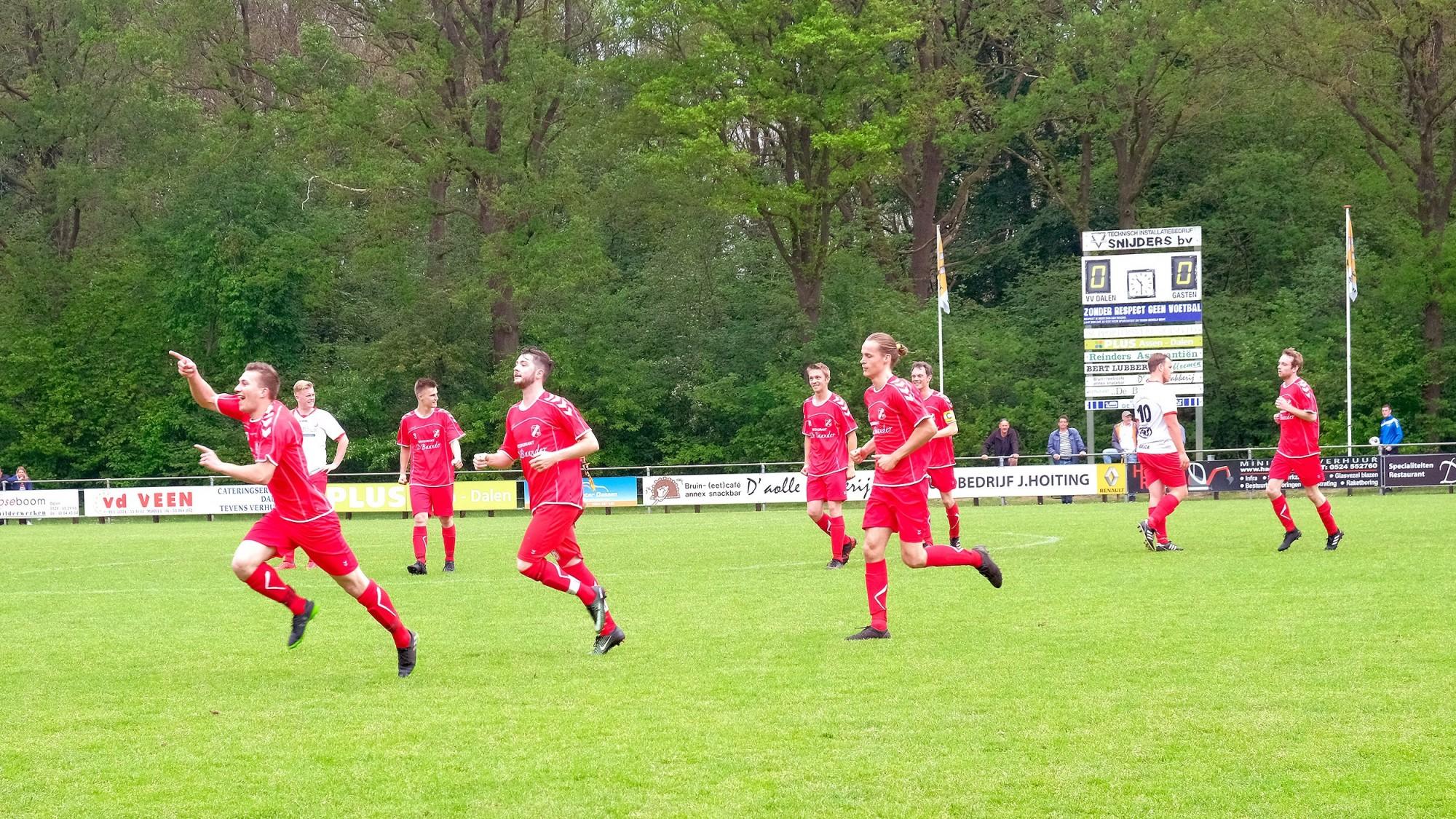 Foto Voetbal VV Dalen