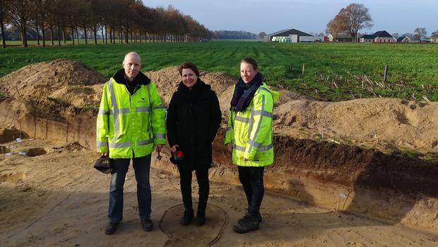 Foto Archeologische vondst 3 personen