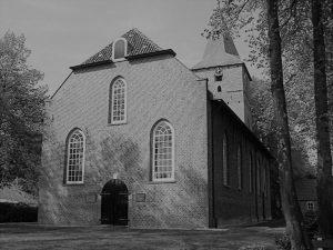 Foto Kerk Dalen zwart-wit