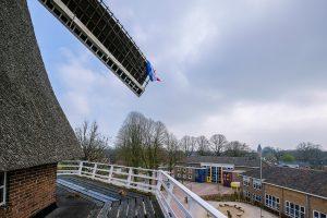 Foto BWB-school vanaf de molen