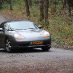 """Foto van auto's (cabrio's, sportauto's en """"gewone"""" auto's) die meededen aan de Roparit 2019. De Roparit is georganiseerd door de Roparungroep """"De Turfrunners""""."""