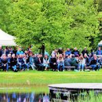 Foto van het publiek in de Daoler tuun op Bevrijdingsdag 2019.