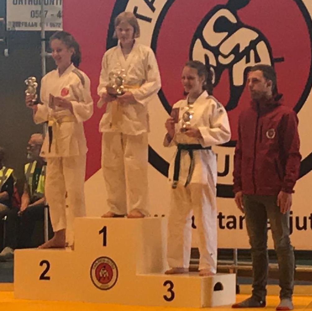 Foto podium judotoernooi Blauwe Stad