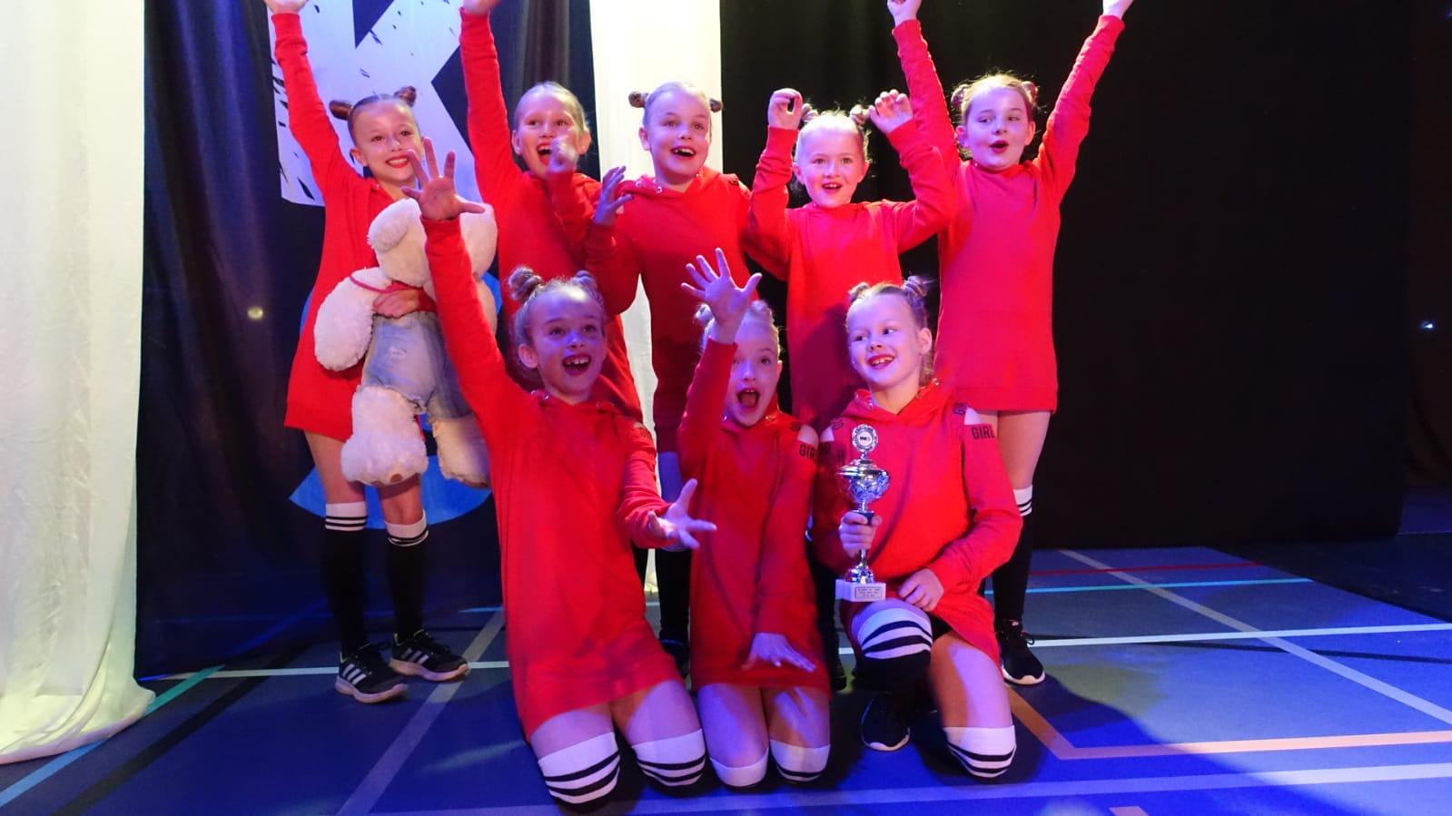 Foto Dansgroep Dalen als winnaar van de landelijke finale in Heerenveen