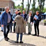 Foto van toeschouwers/deelnemers aan molenspel bij de molen Jan Pol in Dalen, 2019