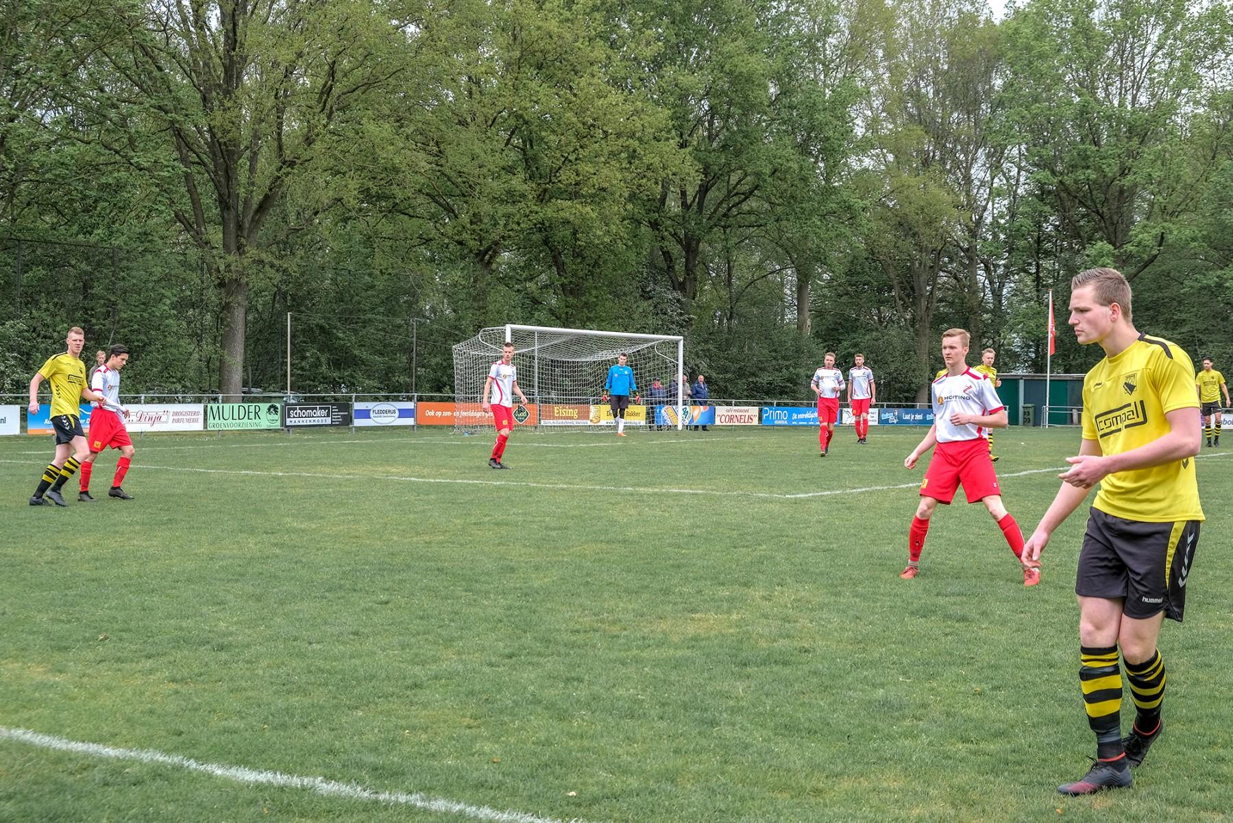Foto VV Dalen voetbalveld