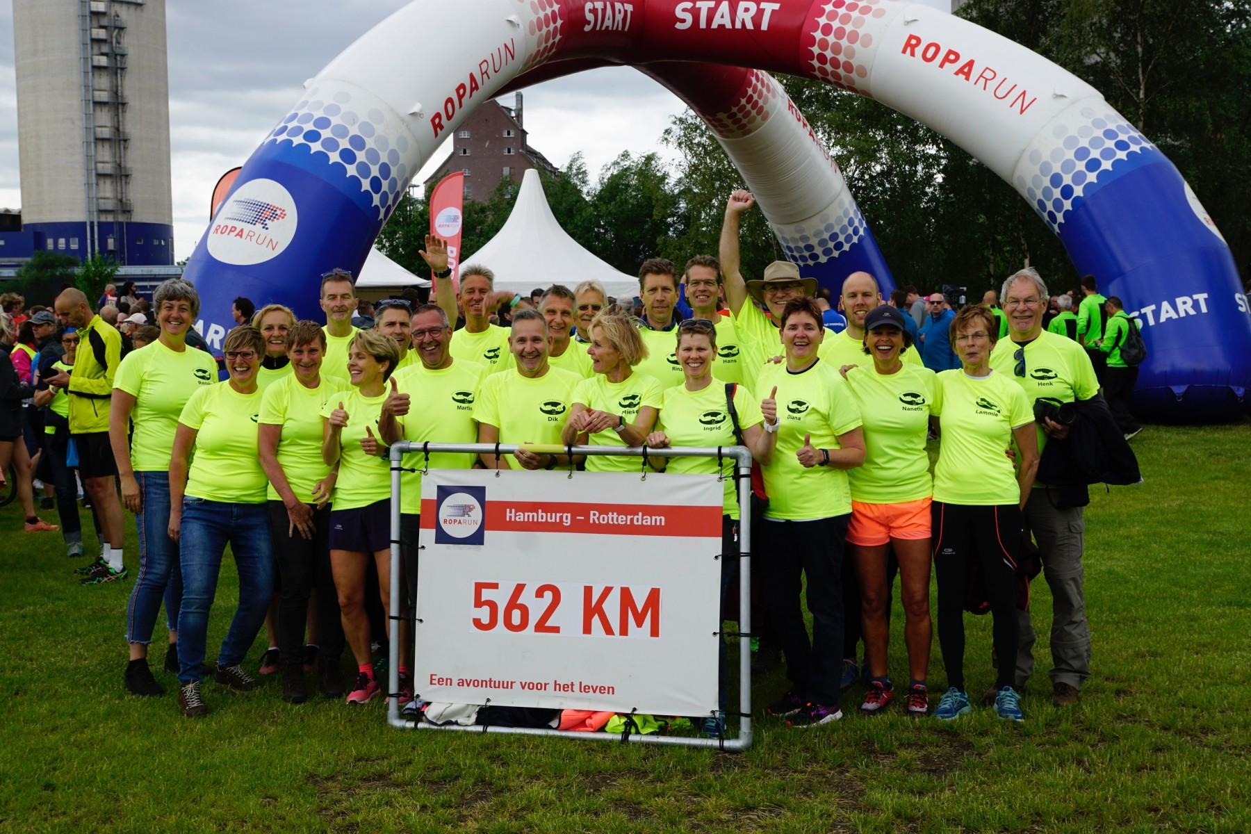 Foto team Turfrunners start Roparun 2019