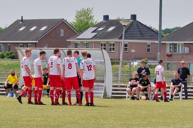 Foto voetbal SC Dalen 1