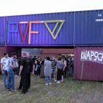 foto Weijdepop / Pearl Village publiek knapschuur