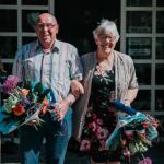 Foto echtpaar Assen-Bosman in Dalen bij de lintjesregen