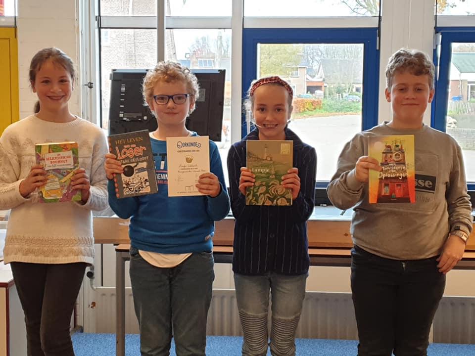 Foto Prijswinnaars Voorleeswedstrijd BWB-school