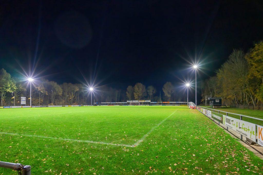 Foto nieuwe verlichting VV Dalen