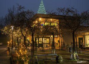 Foto verlichte winkel Plus met kerst centrum Dalen