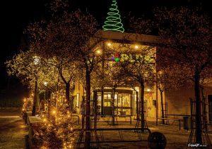Foto verlichte Plus Dalen met kerst