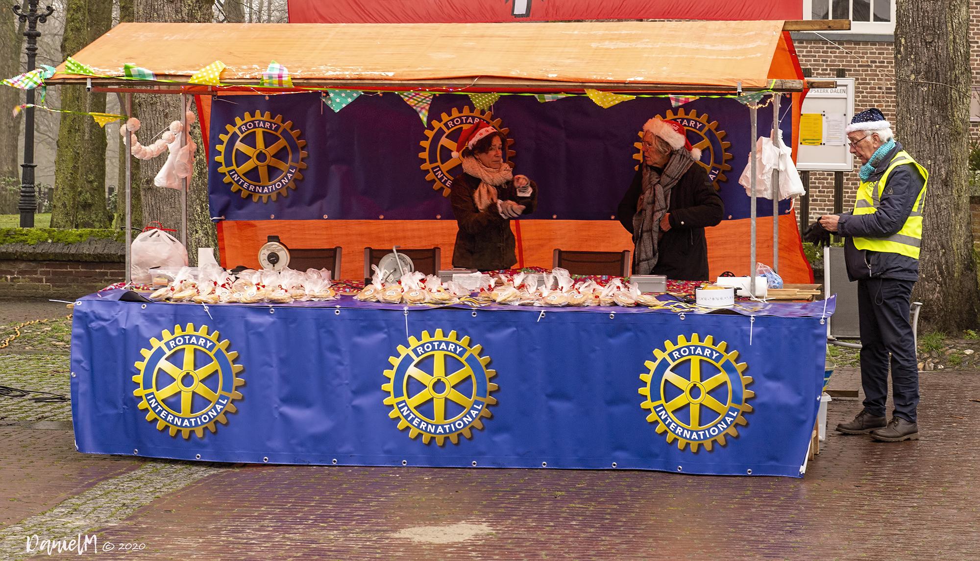 Foto knieperties bakken Rotary Dalen