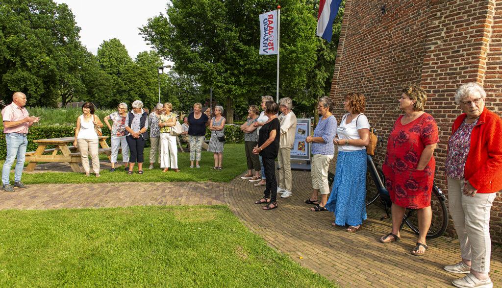 Tentoonstelling bevrijding geopend Jan Pol